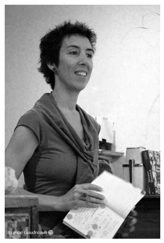 Alexandrine Agostini lit Suzanne Jacob